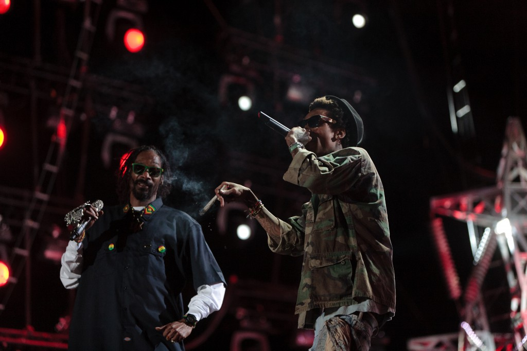 Snoop Dogg and Whiz Khalifa